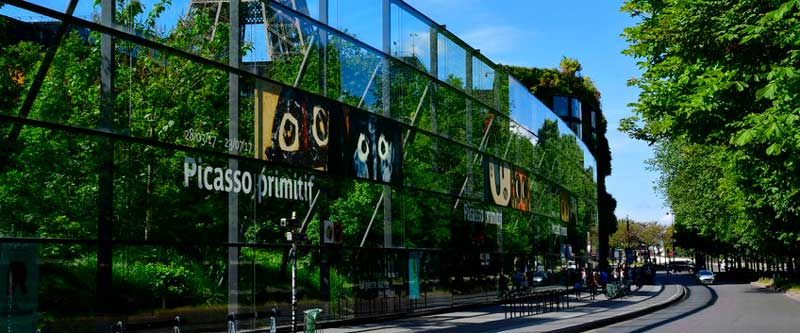 The quai branly Jacques Chirac museum
